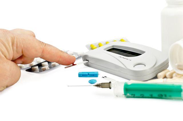 Больной сахарным диабетом отличается от здорового человека тем, что у него наряду с изменениями функционирования поджелудочной железы меняется и психическое состояние.